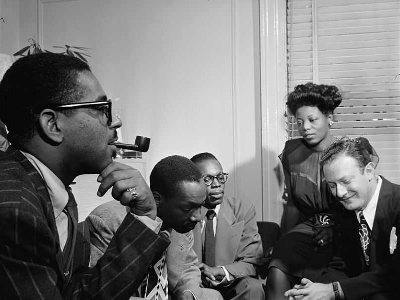 File:Dizzy Gillespie, Tadd Dameron, Hank Jones, Mary lou Williams, Milt Orent. Ca.August 1947 (Gottlieb).jpg