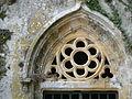 Domme chapelle Caudon portail tympan.JPG