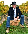 Donald Ziraldo in Riesling Vineyard, Niagara-On-The-Lake 2013-10-06 12-55.jpg