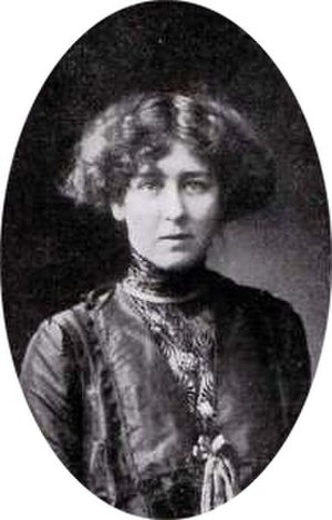 Dorothy Cundall - Cundall in 1910