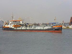 Dredge ship Hein 2012-04-17 (2).jpg