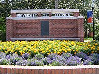 Dsg UF Entrance Sign 20050507.jpg