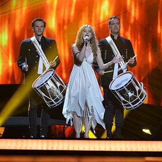 Emmelie de Forest - De Forest performing in Malmö