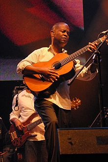 Description de l'image Earl Klugh 2008.jpg.