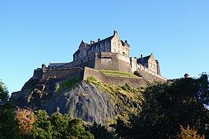 Edinburgh Castle Autumn.jpg