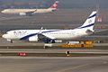 El Al Israel Airlines, 4X-EHB, Boeing 737-958 ER (16271211937).jpg