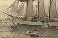 El buque escuela Juan Sebastián Elcano partiendo de la Bahía de Bayona-14.jpg