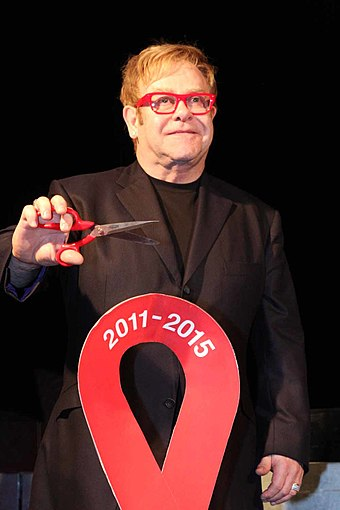 Elton John on World AIDS Day in Sydney, Australia on 1 December 2011 Elton John (8183493581).jpg