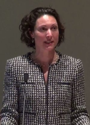 Emily Bazelon - Emily Bazelon at Mount Holyoke College in 2013
