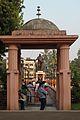 Entrance to Chavdar-tale Mahad.jpg