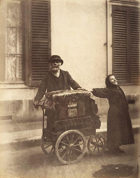 File:Eugène Atget, Organ-grinder, 1898–99.jpg