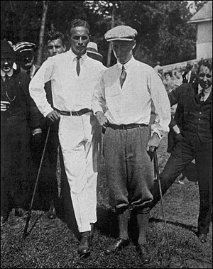 Robert A. Gardner (golfer) - Gardner (left) during the 1916 U.S. Amateur. To the right is Chick Evans, who beat Gardner in the final match.