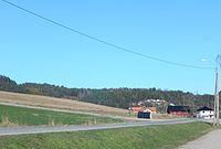FV102 Vrangfossvegen ved Lunde kirke.jpg