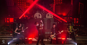 Falling in Reverse Chicago 2015.jpg