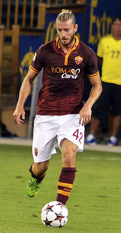 Federico Balzaretti Chelsea vs AS-Roma 10AUG2013.jpg