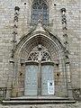 Felletin église château portail.jpg