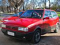 Fiat Uno 1.6 R 1992 (16983903860).jpg