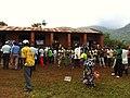 File d'electeurs devant BV à Kakobola à 12h15 2 (6435271897).jpg