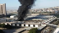 File:Fire at trainstation in Capetown 2018 2.webm