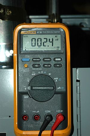 Fluke 87 III True RMS Multimeter.jpg