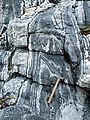 Folds in Gneiss - geograph.org.uk - 1370873.jpg