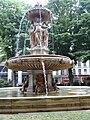 Fontaine Louvois, 2010-06-12 05.jpg