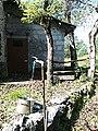 Fontanella sul sentiero CAI-425a (Id 6976).jpg