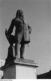 Fotothek df roe-neg 0001686 001 Händeldenkmal auf dem Marktplatz.jpg