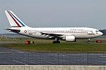 French Air Force, F-RADB, Airbus A310-304 (41071526164).jpg