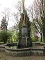 Friedensengel - Hannover-Linden Stadtfriedhof Am Lindener Berge (Lindener Bergfriedhof) - panoramio (1).jpg