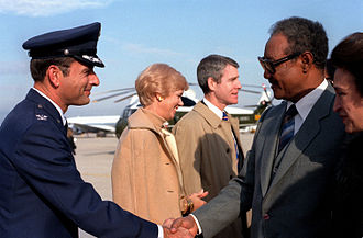 Gaafar Nimeiry - Nimeiry arriving for a state visit in the US, 1983