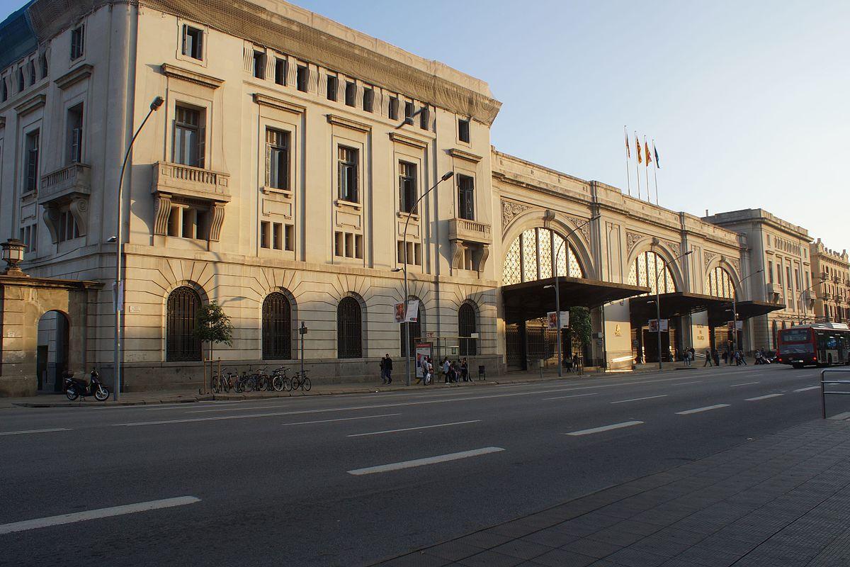 Gare de barcelone fran a wikip dia for Garage de la gare bretigny
