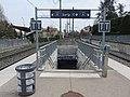 Gare de Fleurieux-sur-l'Arbresle - Accès aux quais 2 (avr 2019).jpg