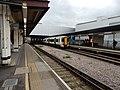 Gatwick Airport stn platform 6 look north3 with Unit 387127.jpg