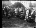 Gen. Pershing greeting wounded soldiers at the W.H. (i.e., White House) LCCN2016893521.tif