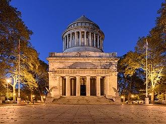 Grant's Tomb - Grant's Tomb at dusk