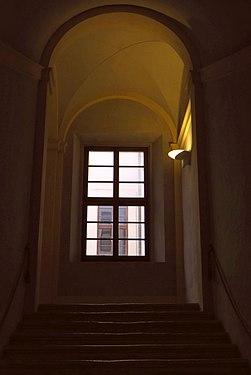 Gioco di ombre sulle scale interne di Palazzo Chigi Zondadari a San Quirico d'Orcia (Siena) - Play of shadows on the internal stairs of Palazzo Chigi Zondadari in San Quirico d'Orcia (Siena).jpg