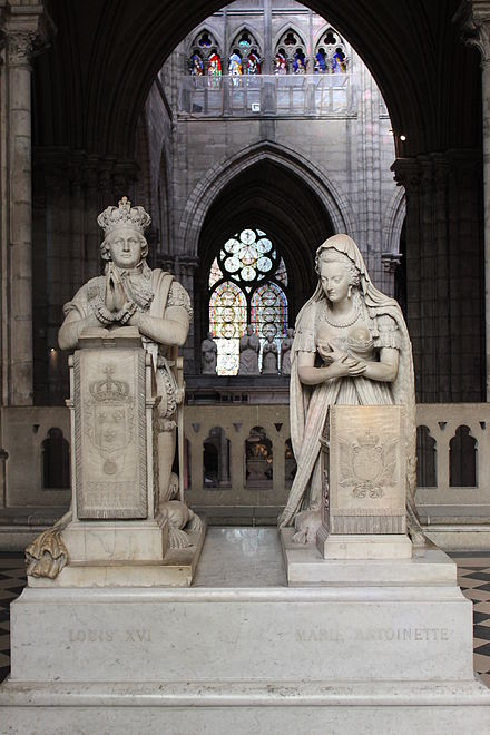 Funerary monument to King Louis XVI and Queen Marie Antoinette in the Basilica of St Denis (sculptures by Edme Gaulle and Pierre Petitot, (1830)) Grab Louis XVI und Marie Antoinette.JPG