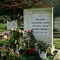 Grave of Sandy Denny (44778932020).jpg