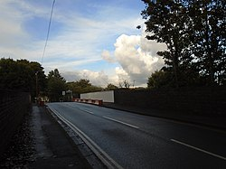 Greenhill Road bridge 2.jpg