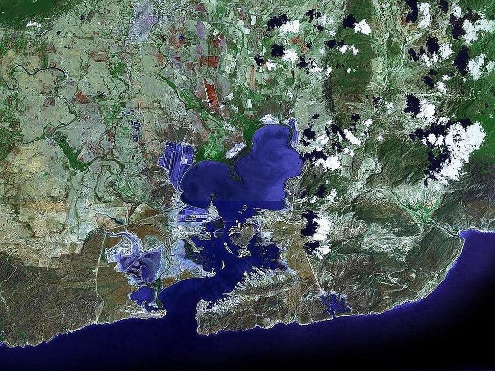 Guantanamo bay satellite image