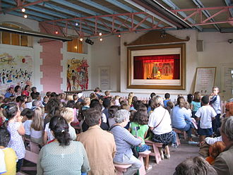Guignol - A Guignol show being performed in Paris.