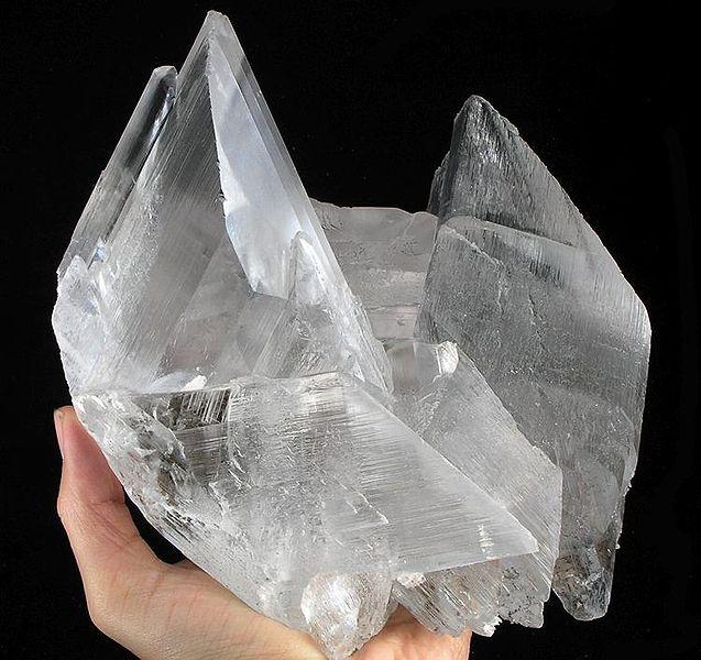Gypsum-209991.jpg