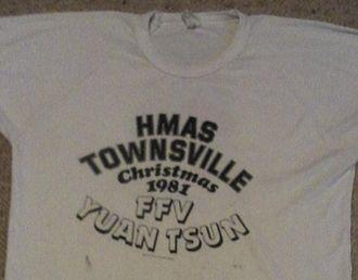 HMAS Townsville (FCPB 205) - Image: HMAS Townsville 205 Christmas 1981 words