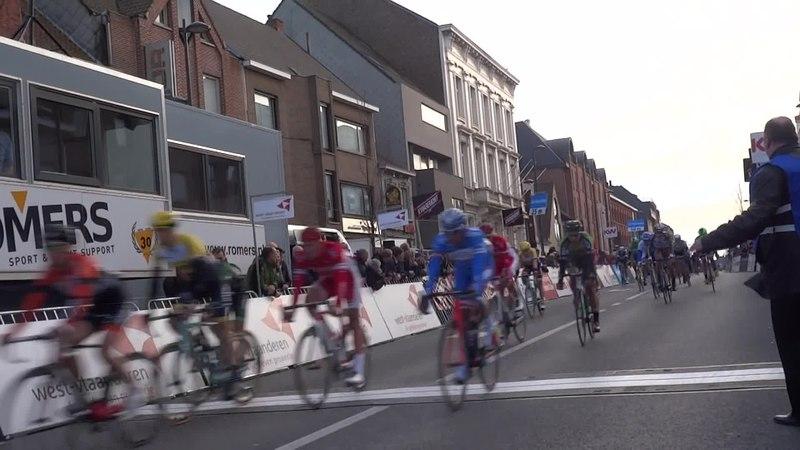 File:Harelbeke - Driedaagse van West-Vlaanderen, etappe 1, 7 maart 2015, aankomst (A55A).ogv