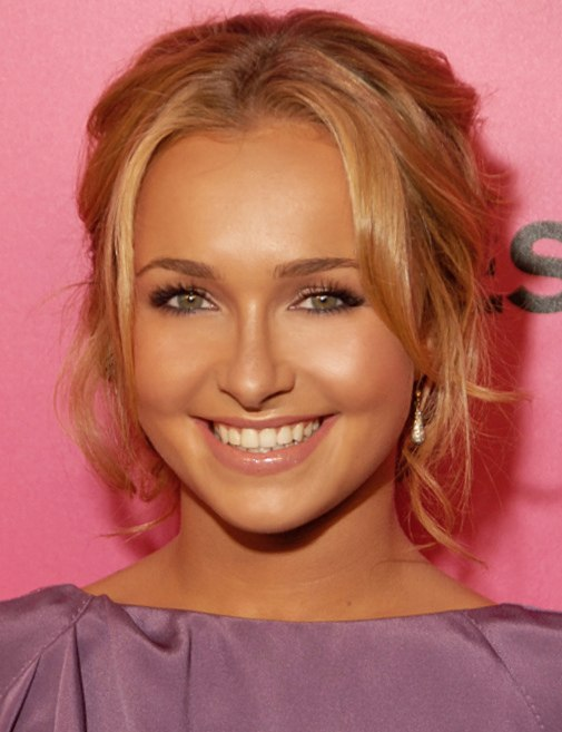 Hayden Panettiere 2009 (Straighten Crop)