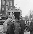 Het verzetsmonument genaamd Ongebroken Verzet, wordt aan de Westersingel te Rott, Bestanddeelnr 917-7063.jpg