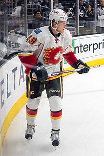Hunter Shinkaruk Canadian ice hockey player