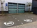 ICU EVe plus met 2 parkeervakken bij Colocenter Zoetermeer - panoramio.jpg