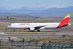 Iberia, Airbus A321-212, EC-HUI - MAD (18426133931).jpg